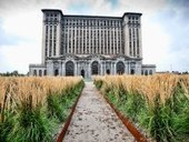 Michigan Central Station : Eerily Beautiful Abandoned Places | DiverSync | Scoop.it