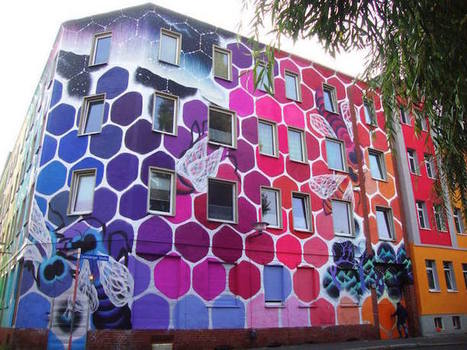 Giant Rainbow Honeycomb Mural Takes Over a Building in Halle, Germany | Le It e Amo ✪ | Scoop.it