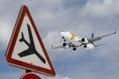 Espagne : un accident d'avion annoncé par erreur sur Twitter - France Info   Les crises... encore !   Scoop.it
