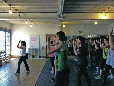 Class educates college-bound women on self-defense tactics - Santa Fe New Mexican.com | self defense for women | Scoop.it