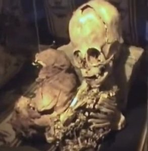 Bizarre Mummy With Giant Head Discovered In Peru | mayan archaeology | Scoop.it
