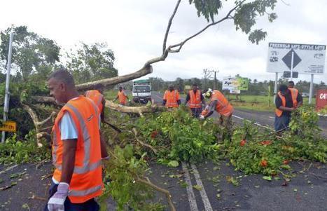 Fiji Scrambles to Restore Power After Cyclone Winston Kills 6 | AP Human Geography Digital Knowledge Source | Scoop.it