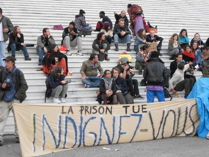 4M Des discussions entre indignés : souvenirs, bilan, échanges d'idées... | #marchedesbanlieues -> #occupynnocents | Scoop.it