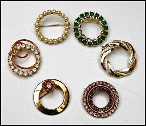 lot of 6Rhinestone Gold tone Round Wreath Brooches   Vintage Jewelry   Scoop.it