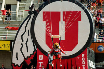 Tako Tuesdays: The Pac-12 Mascots Go To A Music Festival ... | School Mascots News | Scoop.it