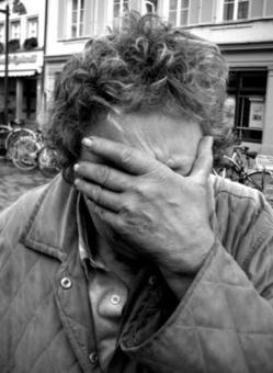 Trayectoria psicológica de un desahucio: del desamparo a la muerte   PsicoAnalitica.com   Cosas que interesan...a cualquier edad.   Scoop.it