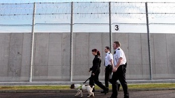 Inmate treated for smoke inhalation after fire in prison cell | Today's Edinburgh News | Scoop.it