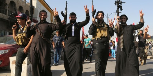 alqaeda terrorists Push Battle Closer To Baghdad, Murder Hostages