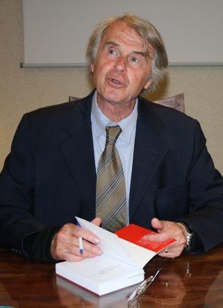 Bagnères-de-Bigorre. Droit en montagne : Marcel Pérès signe un ouvrage de référence - La Dépêche | Vallée d'Aure - Pyrénées | Scoop.it