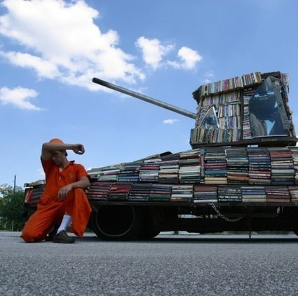 Tank Bookmobile Is a Weapon of Mass Instruction   LibraryLinks LiensBiblio   Scoop.it
