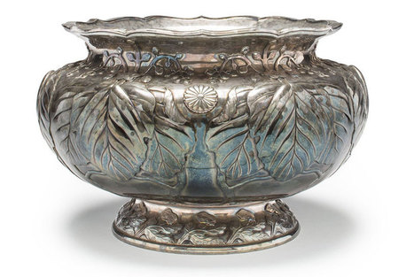 Silver bowl ordered by the Japanese imperial household 108 years ago for sale at Bonhams | Art Daily | Kiosque du monde : Asie | Scoop.it