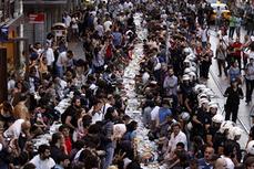 Ramadan TV programs trump World Cup in Turkey - Al-Monitor | Onness of God | Scoop.it