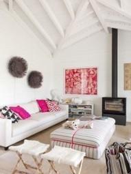 Maison en bois en bord de mer | picslovin | Scoop.it