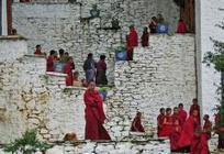 BHOUTAN • Vent de changement sur le royaume du bonheur | géographie, histoire, sciences sociales, développement durable | Scoop.it