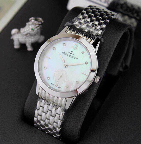 611 Plot Jia 2014 With The First To Experience The Most Popular And Valuable Deep Sea Pearl Face With A Stylish Minimalist Three-Pin Small Swiss Quartz Movement Swiss Quartz Movement Sapphire Glass... | Designer Bags | Scoop.it