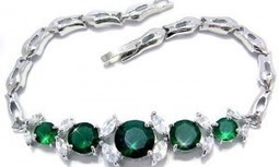 Emerald Green Jewelry Accents for Your Wedding | DIY Weddings and Events | Weddings | Scoop.it