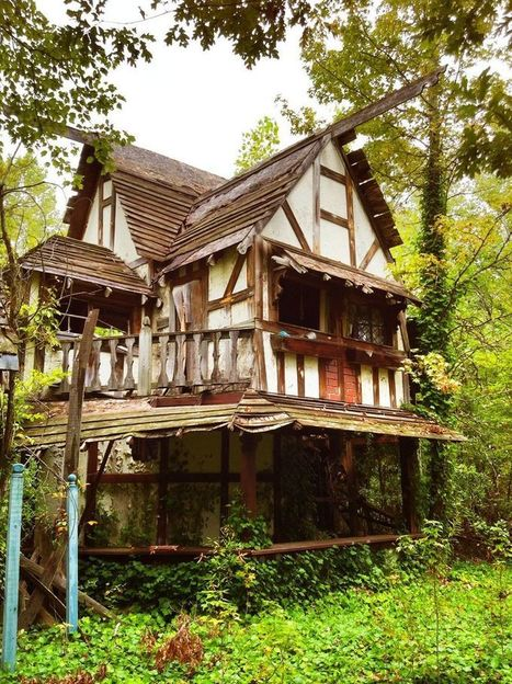 Abandoned by Man, Reclaimed by Nature: 15 Forgotten Places Across the Globe | Abandoned Houses, Cemeteries, Wrecks and Ghost Towns | Scoop.it