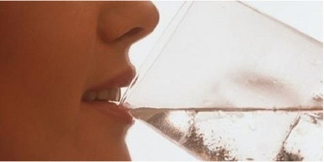 Woman Drinks Almost a Gallon Of Water Every Day, And The Final Picture Results Are Shocking! | Family Health Freedom Network | Chiropractic Care | Scoop.it