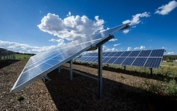 Bloomberg predicts: Solar to add more megawatts than wind in 2013 | Green Technology | Scoop.it