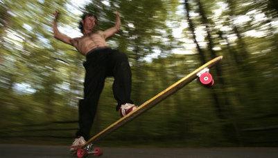 Skate LongBoard - Surfando no Asfalto - Espírito Outdoor   Revista longboard - Matérias   Scoop.it