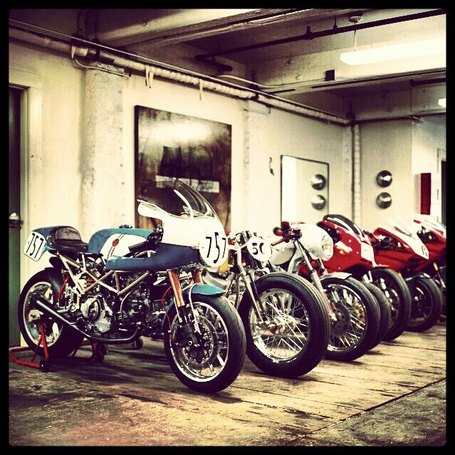 Walt Siegl's Garage Photo Album | Ductalk | Scoop.it