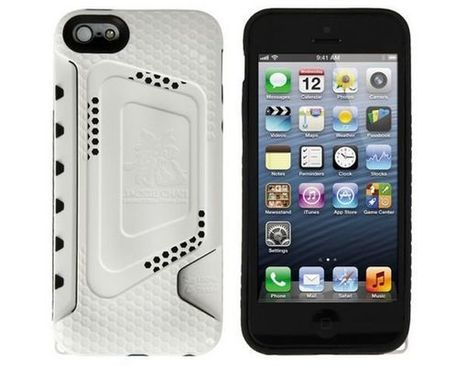 Jackie Chan limited edition iPhone 5 case made from recycled plastic | DamnGeeky | DamnGeeky | Scoop.it
