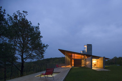 Valley Residence In Rural Canada Topping A Narrow Ridge | sustainable architecture | Scoop.it