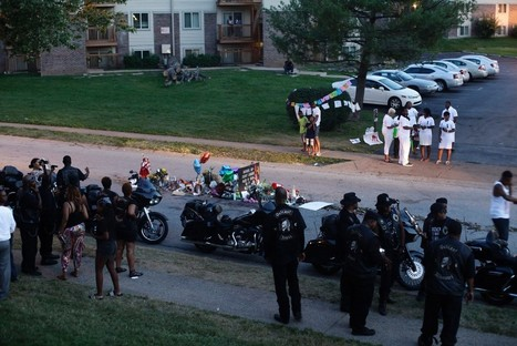 Police Handler Let Dog Urinate on Michael Brown Memorial the Day He Was Killed | Upsetment | Scoop.it