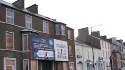 Housing benefit changes to put East End residents under increasing pressure to make ends meet   Eastlondonlines   real utopias   Scoop.it