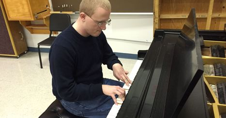 Sheboygan pianist wows despite cerebral palsy | OT @ Work | Scoop.it