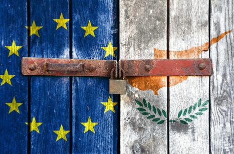 L'Europe organise le blocus monétaire et économique de Chypre   Le Journal du Siècle : L'actualité au fil du temps   Scoop.it