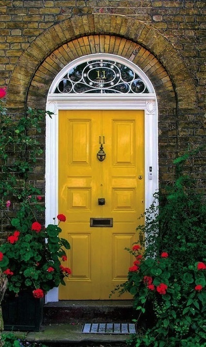 Choosing the right Paint Color for your  Front Door  Entry | PPM AG - Darlings in Interiors | Scoop.it