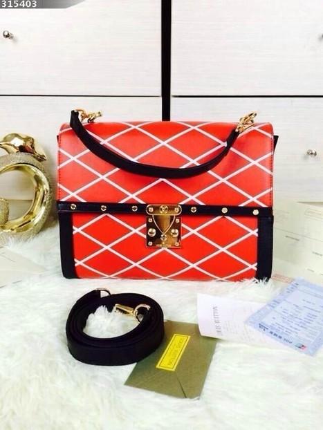 48619 30-21-12cm Latest Catwalk Packet Size Can Be Portable Shoulder | Designer Bags | Scoop.it