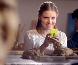 Mystery Nokia Lumia appears in Dutch TV commercial | Mobile Terra Firma | Scoop.it