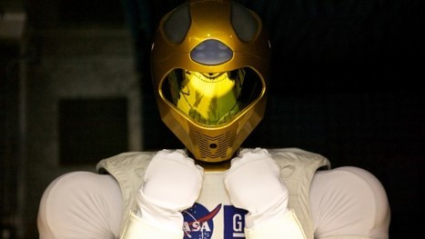 Robonaut 2 set to become first humanoid robot in space   Robots humanoides   Scoop.it