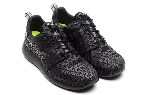Nike Roshe Run Metric wows critics with new design | Raised By Lions | Mens Entertainment Guide | Scoop.it