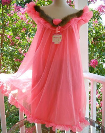 A Slip of a Girl: This Weeks OMG Vintage Lingerie: A Stroke Of Mink & Think Pink Edition! | Lingerie Love | Scoop.it