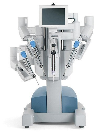 Robot helps surgeons treat mouth cancer in just one hour | Artificial Intelligence and Robotics | Scoop.it