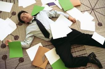 Los efectos de la falta de ergonomía aplicada en la productividad  laboral y la satisfacción personal del trabajador | eHow en Español | LA ERGONOMIA COMO HERRAMIENTA DE TRABAJO PARA LA PRODUCTIVIDAD | Scoop.it