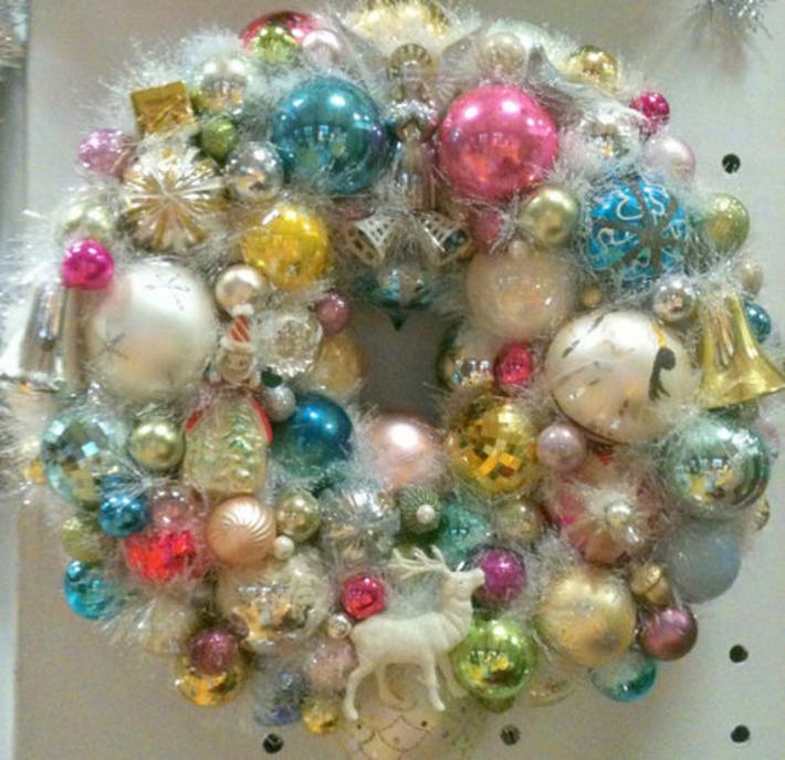 Christmas Bulbs Ornament Wreath | Kitsch | Scoop.it