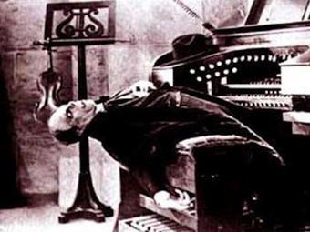 The Ironic Catholic: Church Musicians After Holy Week | The Amused Catholic: an Ezine | Scoop.it