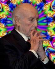 ALBERT HOFMANN. LE PÈRE DU LSD DISPARAIT À 102 ANS, APRES AVOIR ETE FETE AU WORLD PSYCHEDELIC FORUM (BÂLE)   Albert Hofmann & LSD   Scoop.it