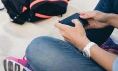 5 Back-to-School Rules for Cell Phone-Carrying Kids (and 1 for Mom and Dad) | digital citizenship | Scoop.it