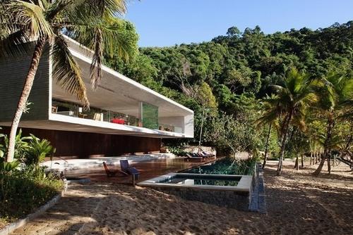 Magnifique maison contemporaine en lisi re de for t par for Maison archi foret