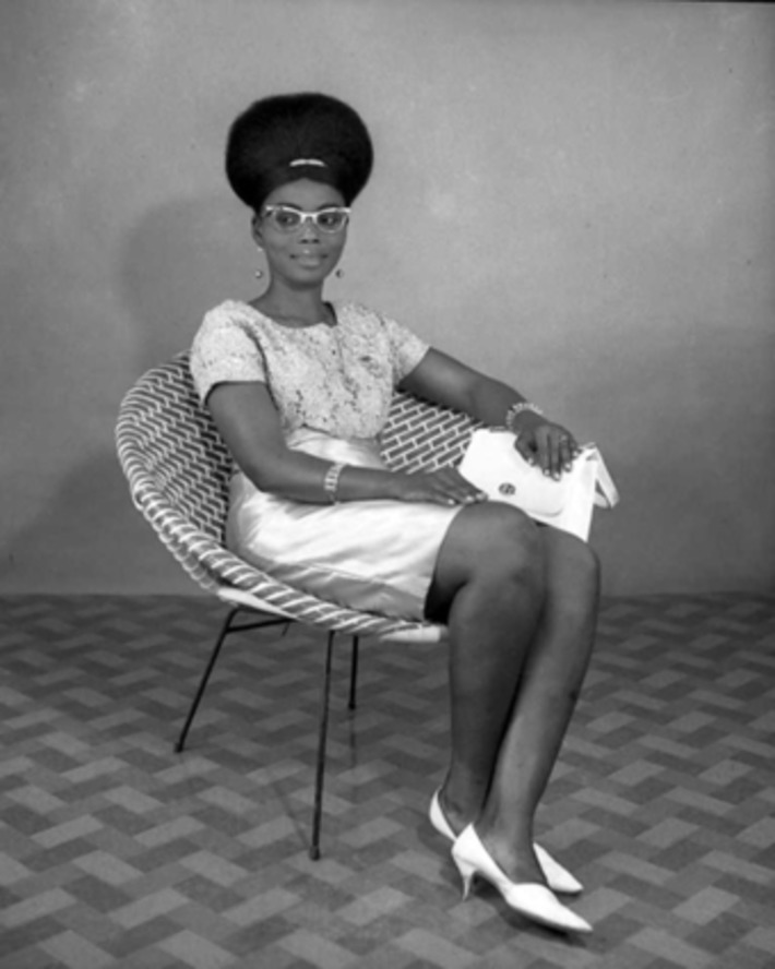 Shades of Swagger #51 | From a Nigerian great, Studio portraiture by J.D. Okhai Ojeikere ca 1968 | Herstory | Scoop.it