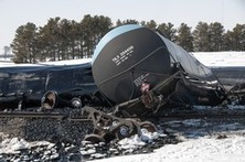 CPR Oil Spills Mount for Railroads - derailed trains, shipment accidents, pipe ruptures - needs to stop | IDLE NO MORE WISCONSIN | Scoop.it