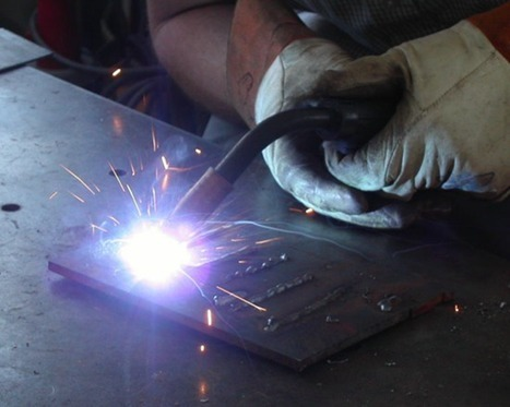 Arc welding using car batteries and quarters | Brian's Science and Technology | Scoop.it