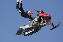 Un saut de 67 mètres en motoneige signé Daniel Bodin | Trollface , meme et humour 2.0 | Scoop.it