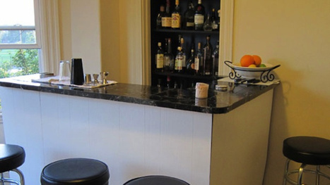 Design Your Home Bar with Ergonomics (and Guests) In Mind | Creating A Home Wine Bar | Scoop.it