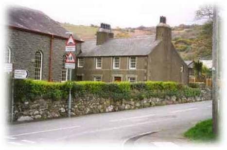 """Tŷ'r Ysgol"" | T.H. Parry-Williams | Scoop.it"